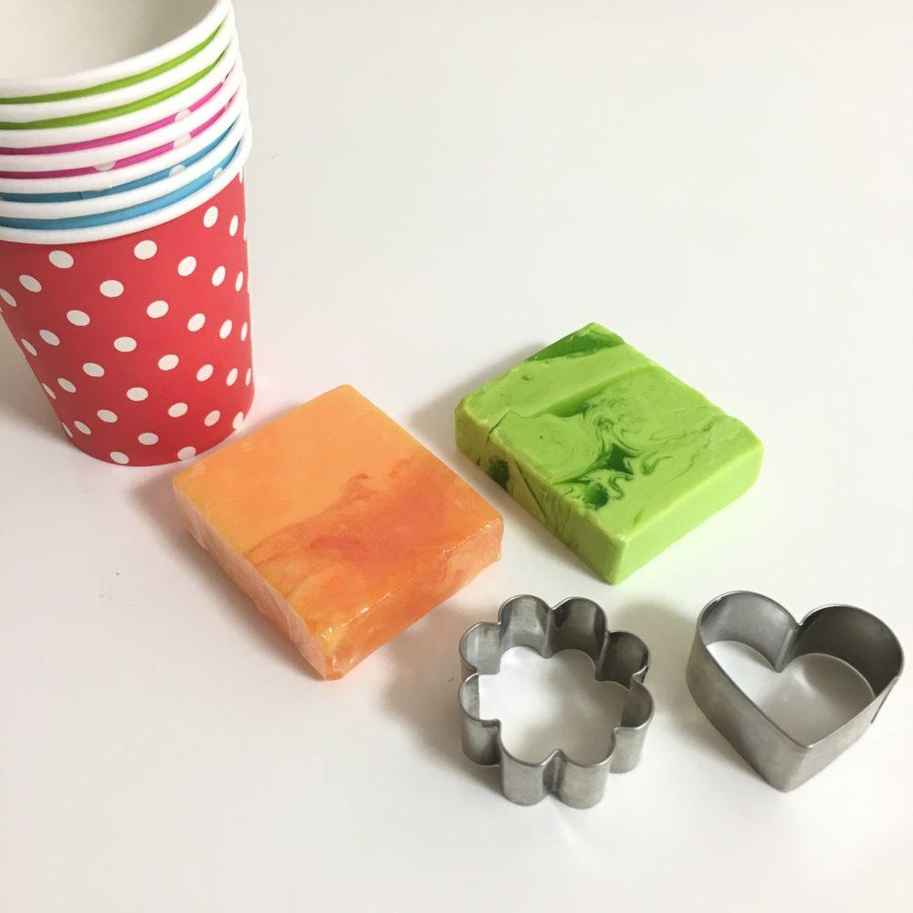手作り石鹸 材料