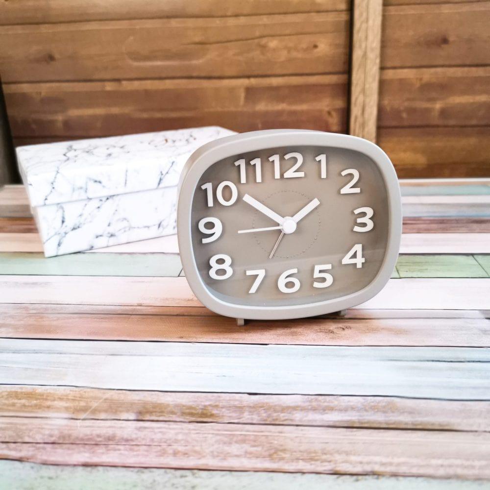 セリア 時計